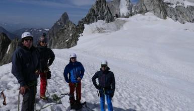 Randonnée glacière au col d'Entrèves